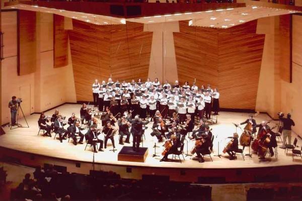 Aspen Choral Society performing at Harris Hall