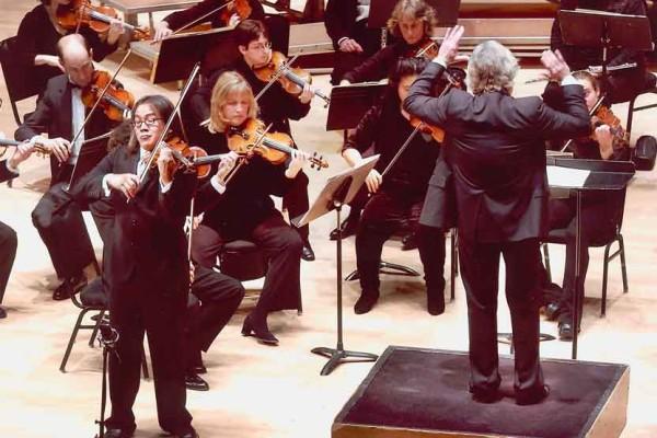 Harris Hall performance closeup violinist