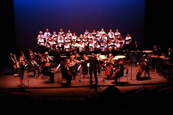 Aspen Choral Society performing